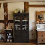 Viele schöne alte Möbel