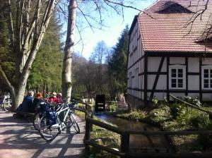Mit dem Fahrrad zur Boltenmühle